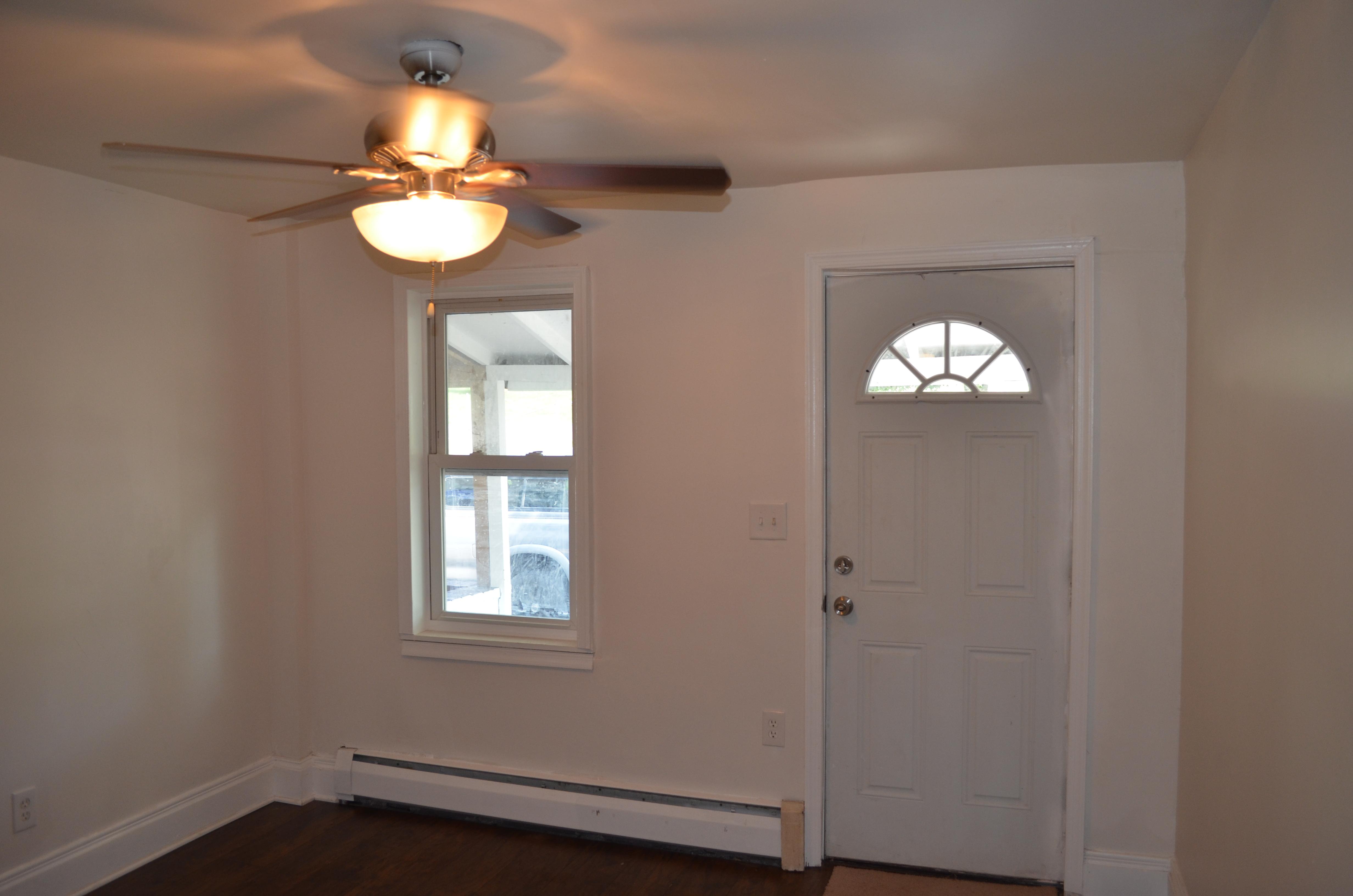For Rent - 568 Walnut St P0ttstown PA 19464 - room 1